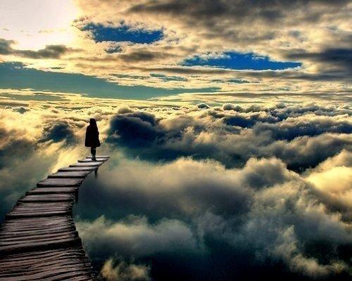 ponton mer infini et nuages